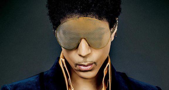 Prince Reunites with Warner Bros , Preps 30th Anniversary
