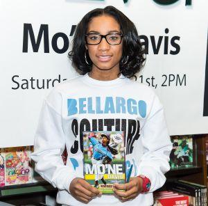 Mo'ne Davis signs copies of her new book.