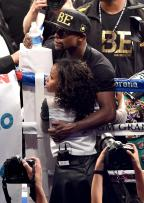 Floyd Mayweather's Daughter's School Fight Caught on Camera!!!