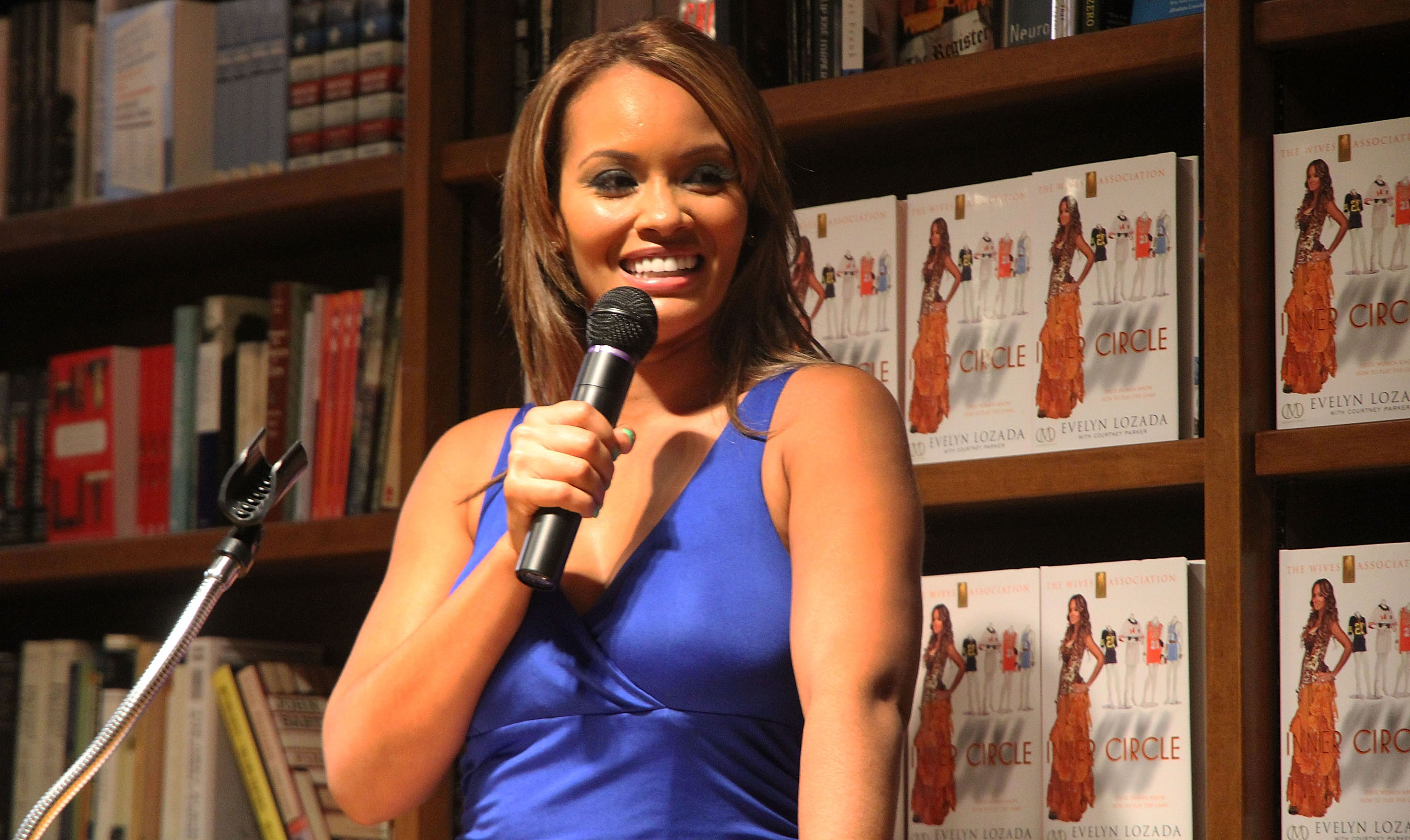 Evelyn Lozada Book Signing at Books and Books