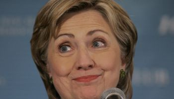 Democratic presidential hopeful and US S...