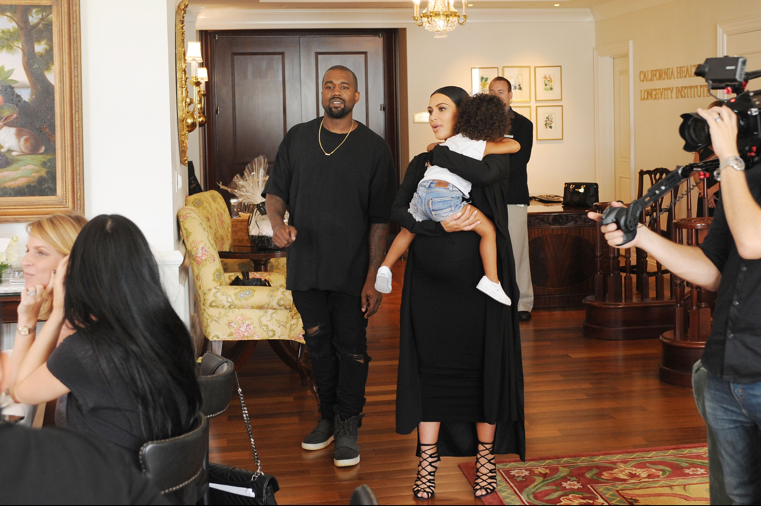 Kim Kardashian West Hosts Birthday Brunch For Fans And App Subscribers