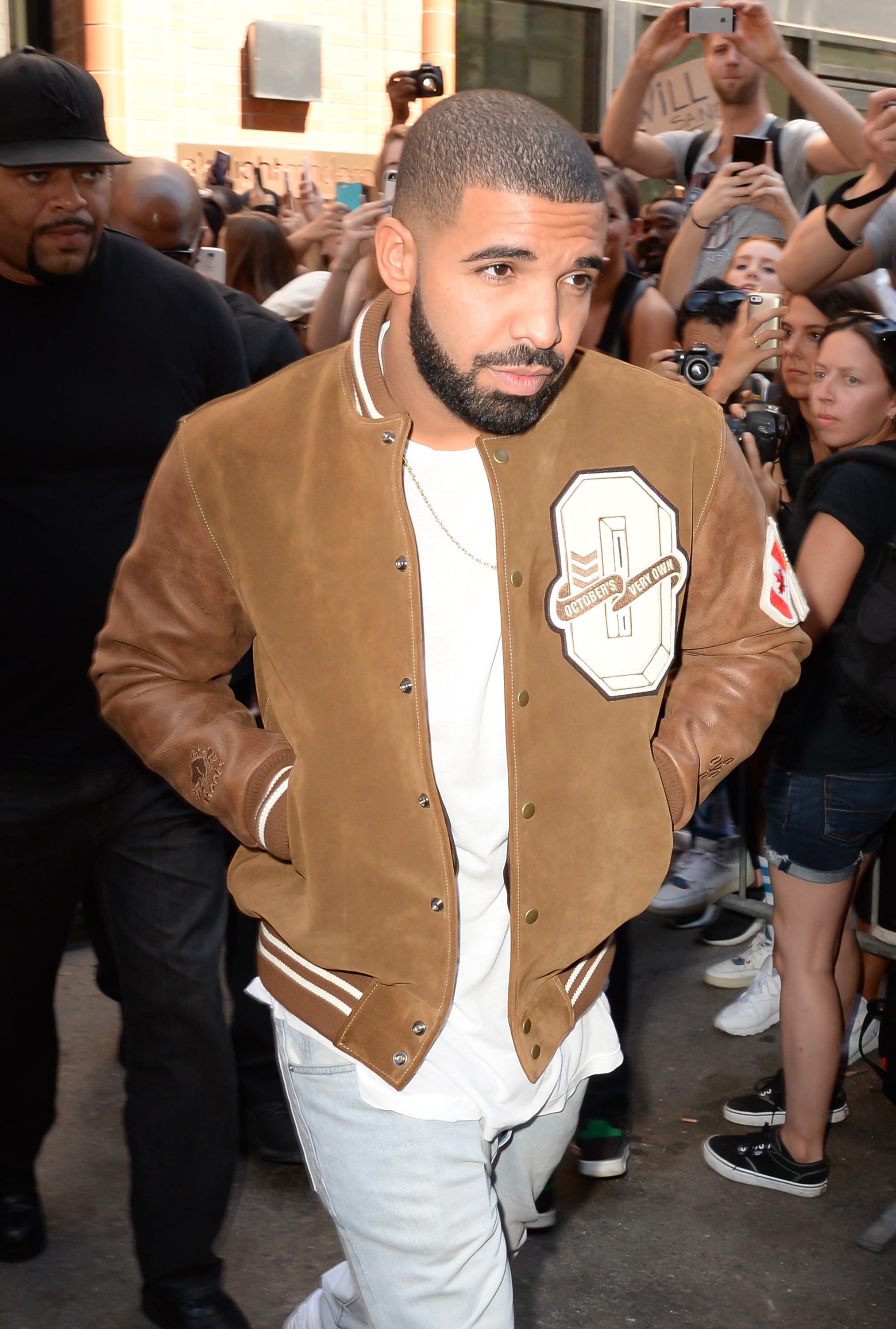 Drake Cancels All Meet And Greets For Summer 16 Tour K975