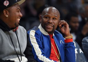 Who is dating floyd mayweather